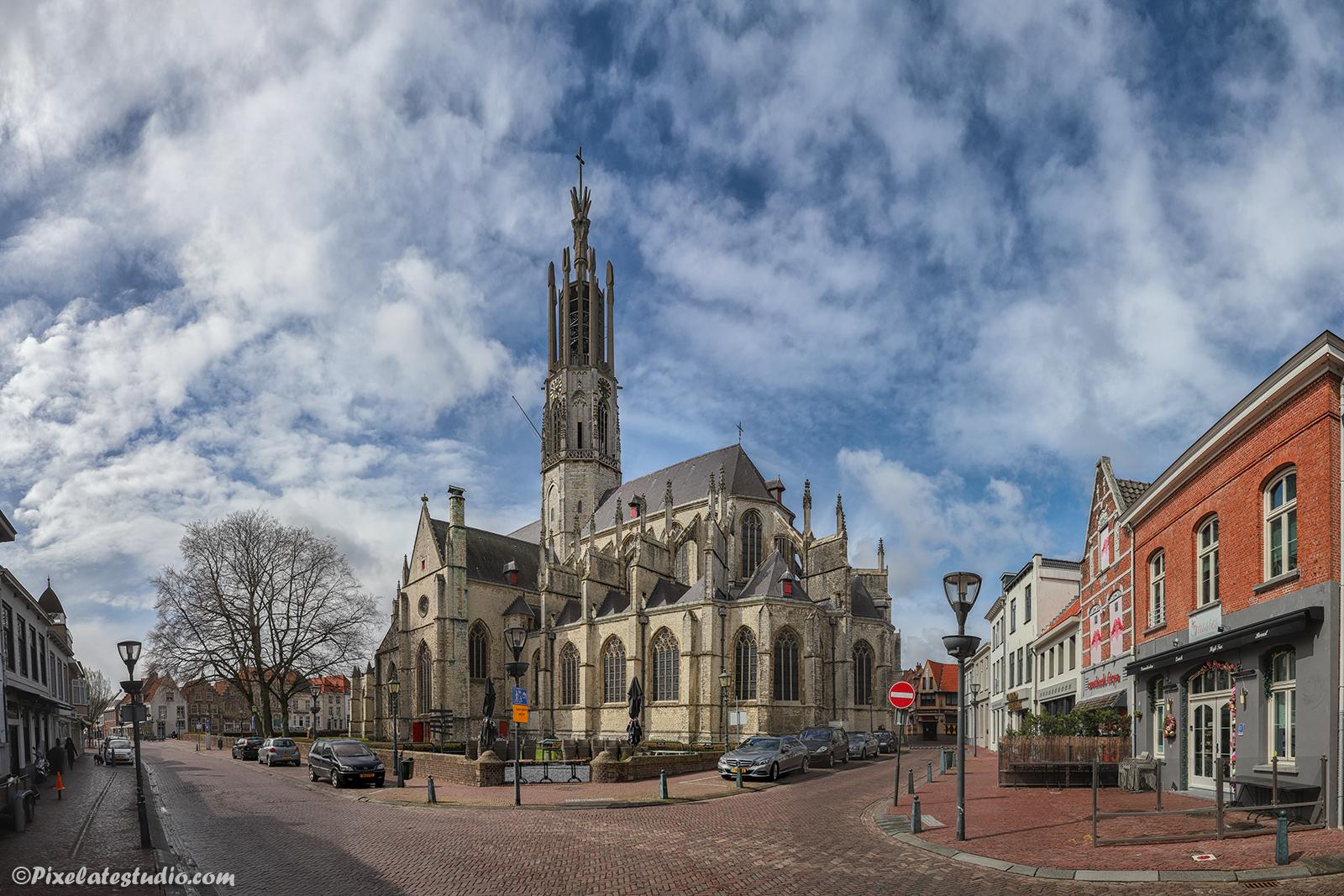 mooie foto van Hulst, mooie foto van de Sint-Willibrordusbasiliek