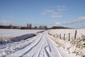 foto van een nederlands winterlandschap
