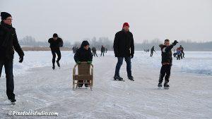 schaatsen met stoel