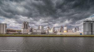 foto van industrie bij Sas van Gent, foto van Cargill