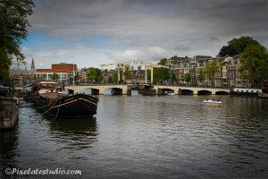Foto van de Magere Brug over de Amstel , Amsterdam