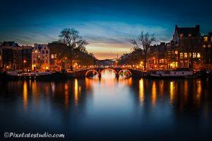 Avond foto van de grachten van Amsterdam