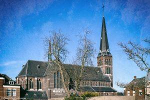 foto van de kerk van Sas van Gent, Markt 4